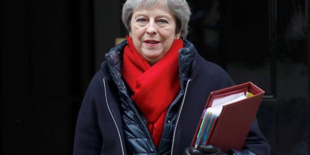 Londres rechaza mantener a Irlanda del Norte en mercado único tras el
