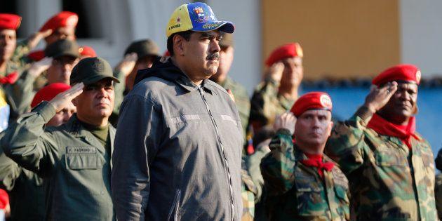 Nicolás Maduro junto a