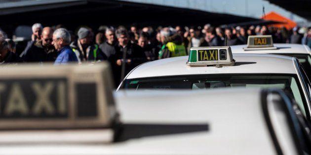 El sector del taxi de Madrid vota este martes si sigue con la