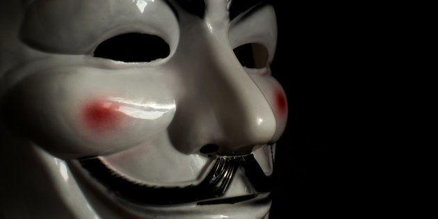 La máscara de Guy Fawkes en 'V de Vendetta', convertida en símbolo de