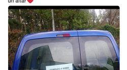 El cartel de un coche en Galicia que enamora a todos: miles de compartidos y