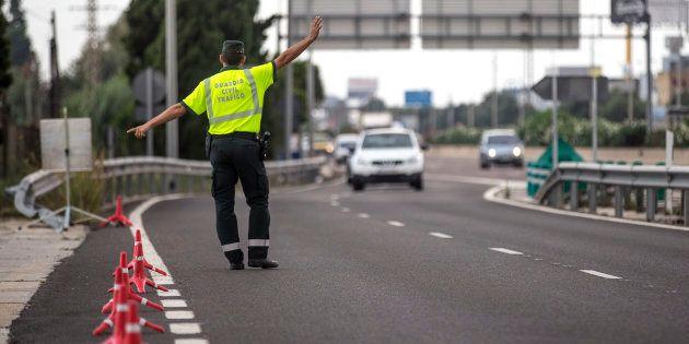 Dos detenidos por ir conduciendo sin carné al centro de