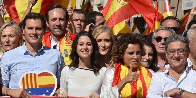 Albert Rivera, Ines Arrimadas, Cristina Cifuentes, Dolors Montserrat y Andrea Levy, en una marcha contra...