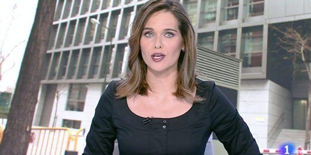 El emotivo gesto de Raquel Martínez, presentadora del Telediario de TVE, tras la muerte de un