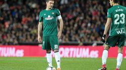 La reacción de Joaquín cuando se enteró en pleno partido de que futbolista el fallecido Astori dejaba una niña de dos
