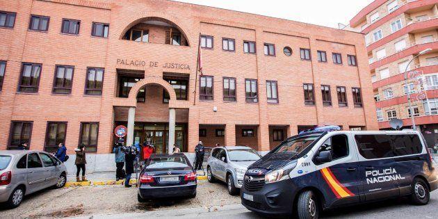 Libertad bajo fianza para 3 exjugadores de Arandina acusados de abuso