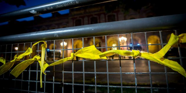 Agreden en Barcelona a una mujer que quitaba lazos