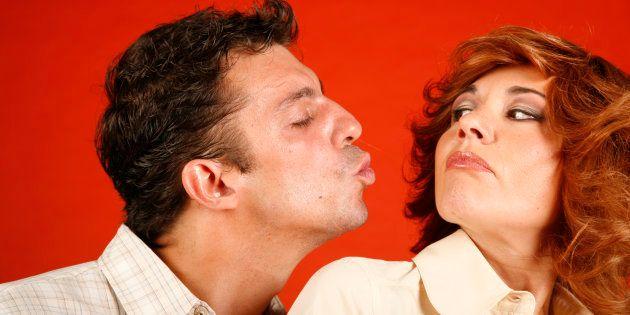 Casi un tercio de los españoles reconoce no estar enamorado de su