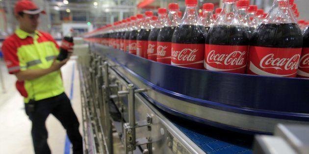 Coca-Cola prepara su primera bebida con alcohol en 130 años de