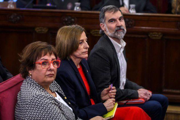 Tres de los acusados durante el