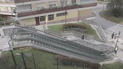 Estas escaleras mecánicas te harán entender la desigualdad entre hombres y