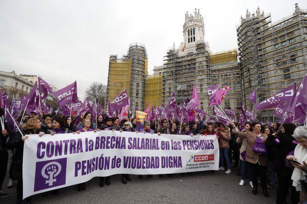 Las españolas toman las calles contra la
