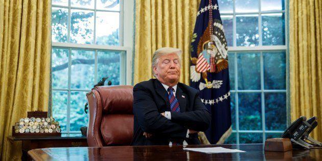 El presidente estadounidense, Donald Trump, inicia una comunicación con su homólogo mexicano, EnriquePeña...