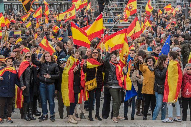 Concentración por la unidad de España en la madrileña plaza de