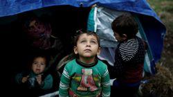 Grecia investiga a decenas de cooperantes por tráfico de migrantes y