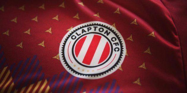 Clapton, el equipo de fútbol inglés que juega con una camiseta homenaje a la República