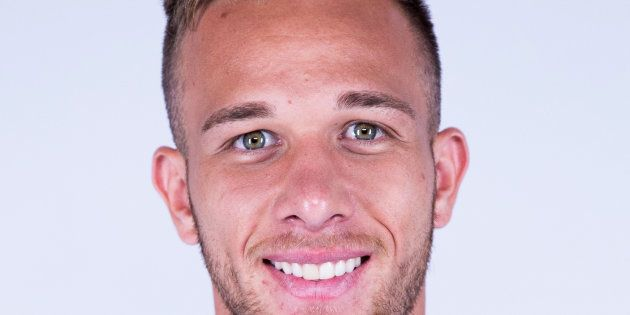 El Barcelona ficha al centrocampista brasileño Arthur por 30