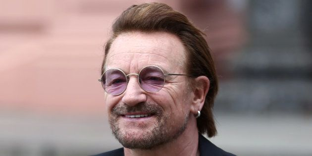 Bono se disculpa por las acusaciones de acoso en una ONG que ayudó a