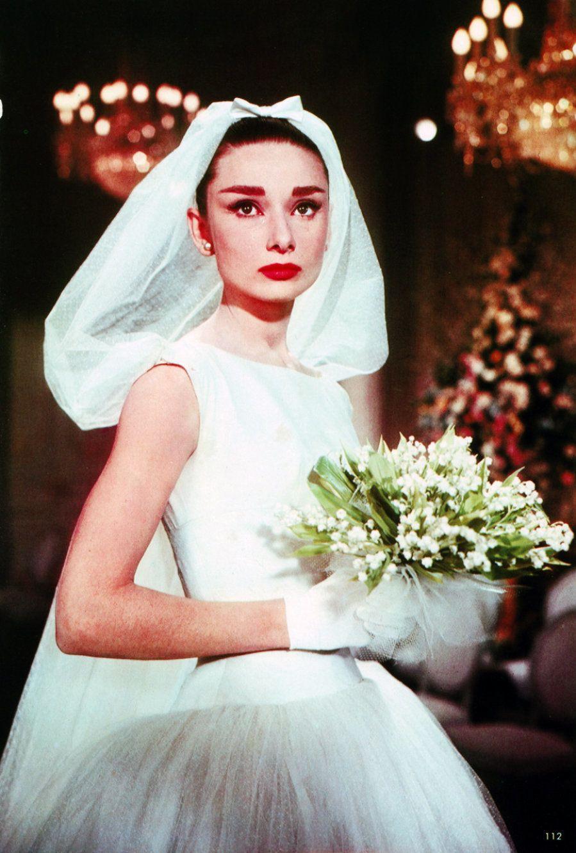 Los diseños de Givenchy que Audrey Hepburn te enseñó en el