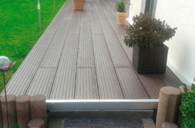 Tarima de una terraza fabricada con plástico