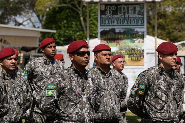 Soldados de la Fuerza Nacional de Seguridad brasileña en la ciudad de