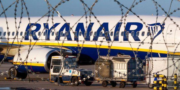 Un avión de Ryanair, en el aeropuerto de Charleroi, Bélgica, el pasado 10 de