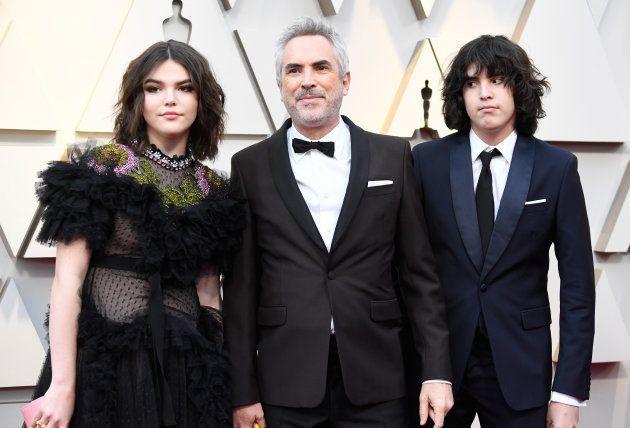 Tess Bu, Alfonso Cuarón y Olmo Teodoro en la gala de los