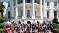 Una Casa MUY Blanca: las diferencias raciales entre las promociones de becarios de Trump y