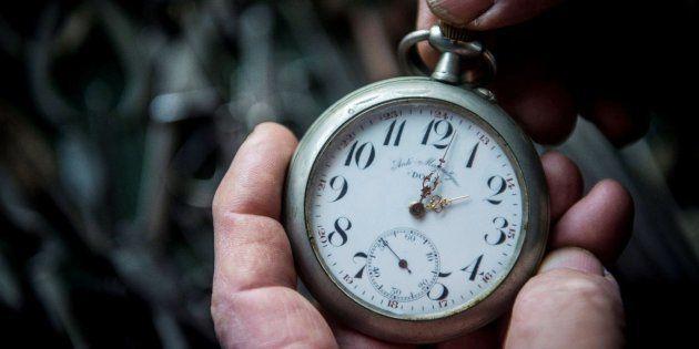 Imagen de archivo de un reloj de