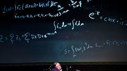 Muere el científico británico Stephen Hawking a los 76