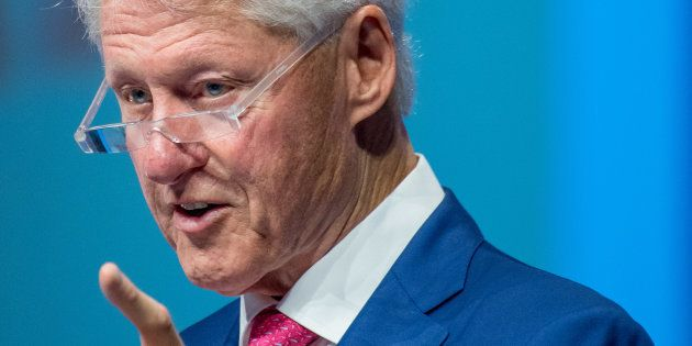 Todo el mundo piensa lo mismo de esta mirada de Bill Clinton a Ariana Grande en el funeral de Aretha
