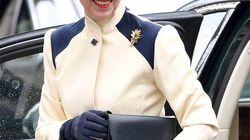 Ana de Inglaterra acude a un acto con un abrigo de hace 40