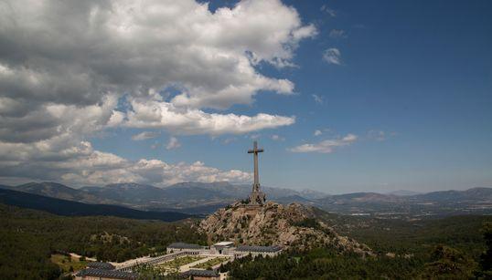 El verano en el que en España sólo se habló de un dictador muerto hace 43