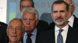 Felipe González agradece al rey su discurso del 3 de octubre porque se quería