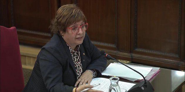 La exconsejera de Trabajo, Asuntos Sociales y Familia, Dolors Bassa, durante su declaración en el Tribunal