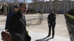 Granados aporta facturas al juez que podrían probar la financiación en B del