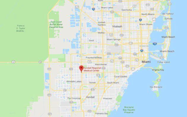 Varios muertos en Miami al derribarse un puente para