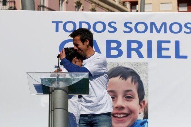 Patricia Ramírez y Ángel Cruz, los padres de Gabriel, durante un acto para buscar a su