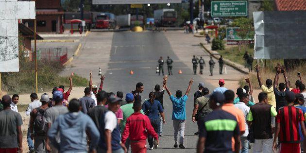 Protestas en la frontera entre Venezuela y Brasil por la entrada de ayuda