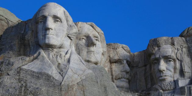 Los verdaderos muros de la democracia