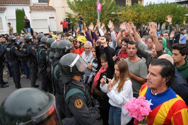 Interior envía 500 antidisturbios a Cataluña para apoyar a los Mossos en la Diada y el aniversario del