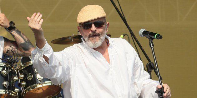 El cantante Miguel Bosé se presenta en el concierto por Venezuela en Cúcuta (Colombia). El concierto,...