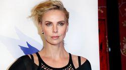 El impactante cambio de imagen de Charlize Theron en la alfombra roja de los