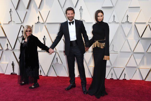 Bradley Cooper e Irina Shayk, los gestos de complicidad en los Oscar