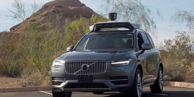 Un vehículo sin conductor de Uber, implicado en un accidente