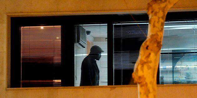 Un hombre retiene durante varias horas a la mujer del cónsul de Malí en