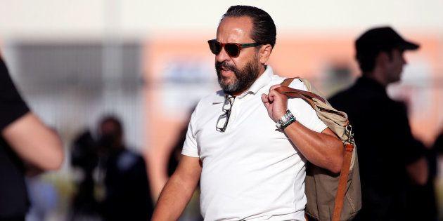 Álvaro Perez, El Bigotes, en octubre de 2016, llegando a testificar a la Audiencia