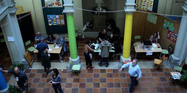 El Colegio Cervantes de Barcelona, como colegio electoral en el refrendo del 1 de octubre de