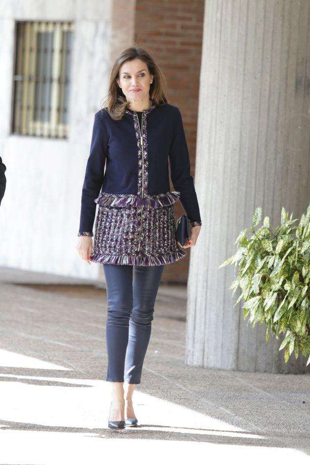 La falsa minifalda de la reina