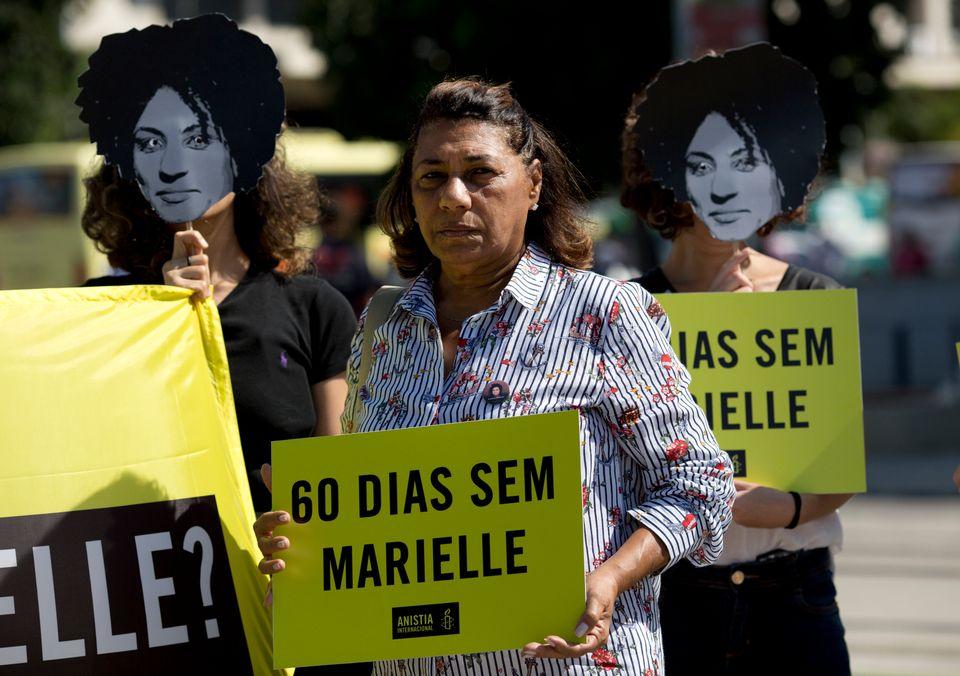 Marinete participa ativamente da pressão para investigar o assassinato de Marielle e está...